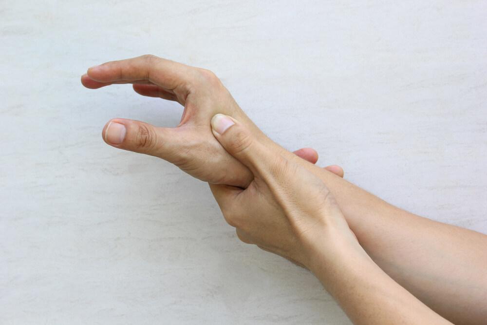 ból kciuka rehabilitacja